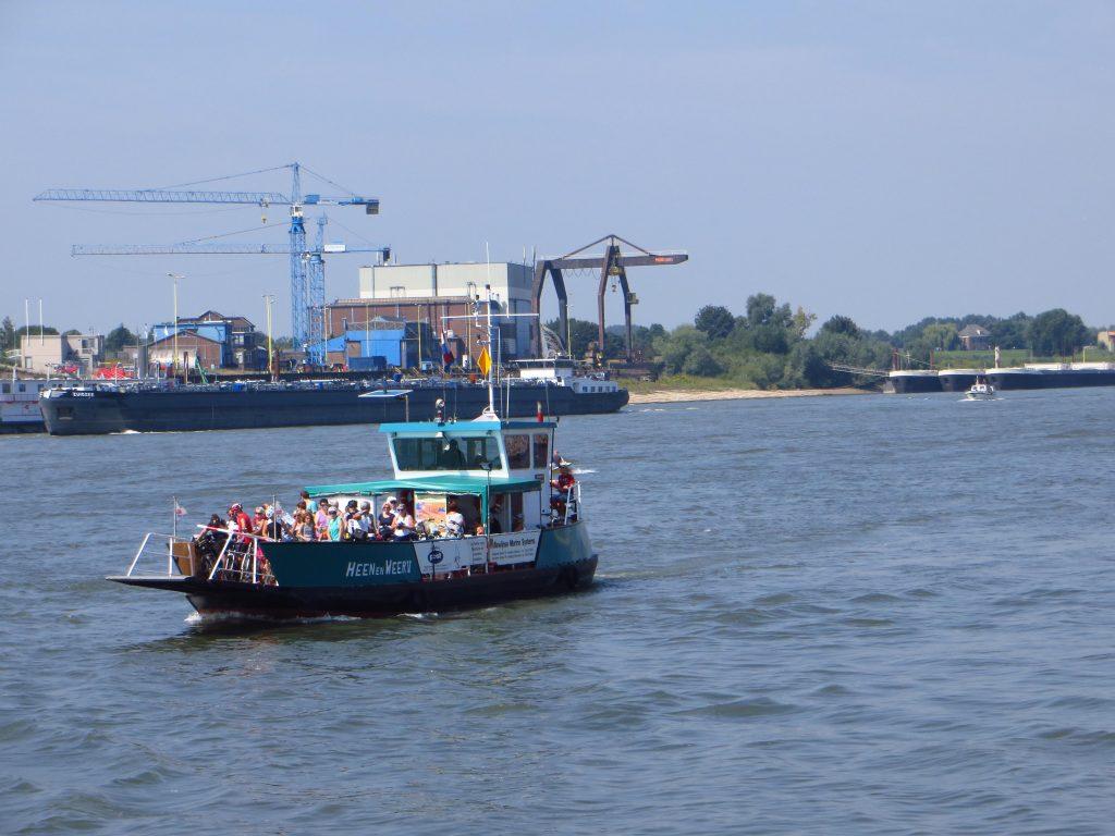 De oversteek bij Millingen aan de Rijn.
