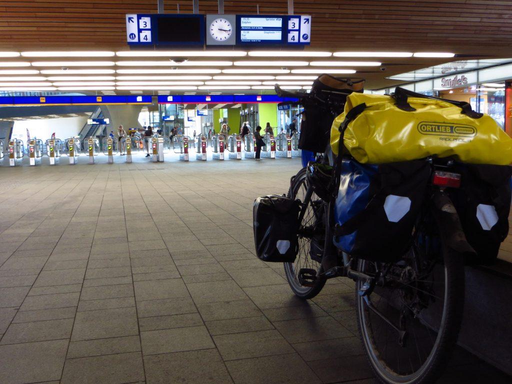 Aankomst op Arnhem Centraal.