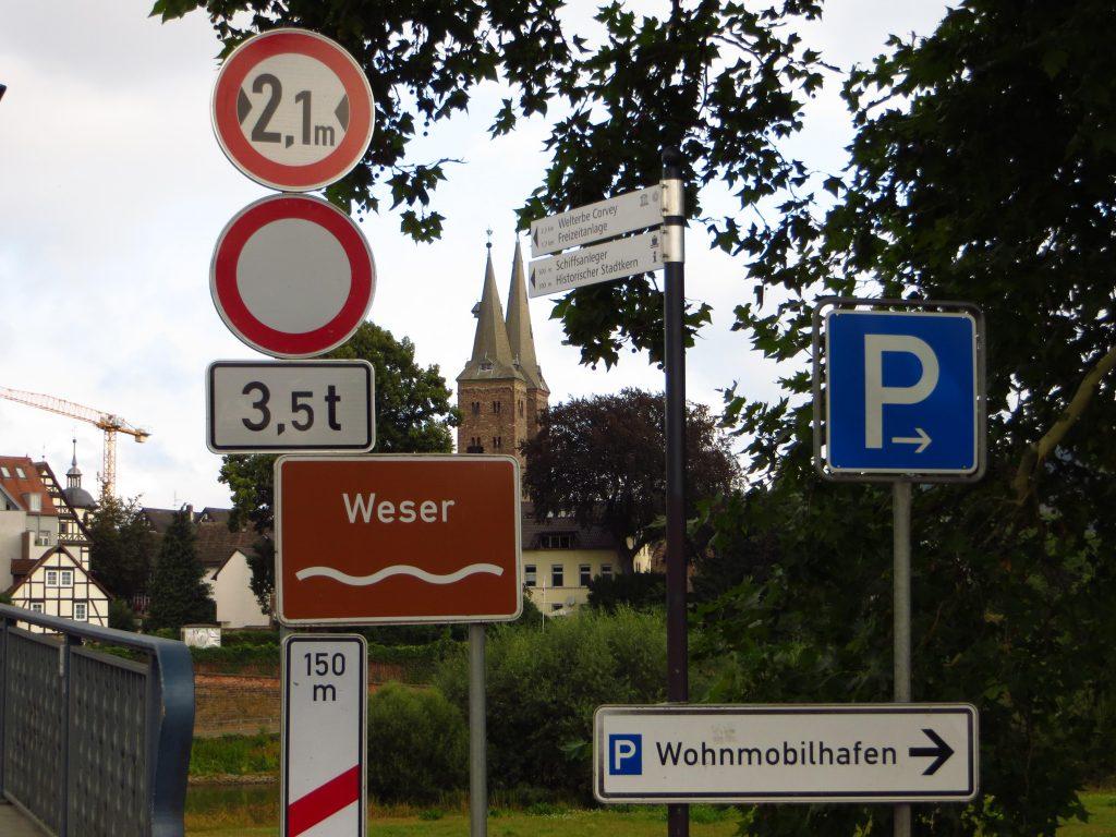 Direct na vertrek weer naar de overkant van de Weser.