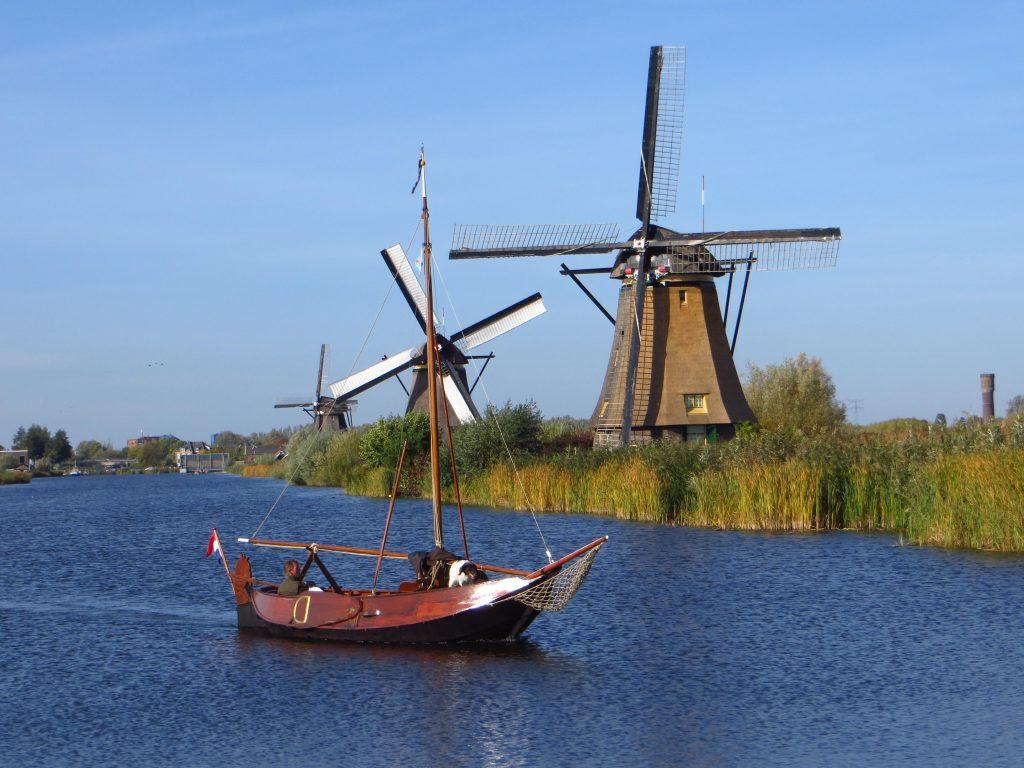 De molens bij Kinderdijk, Hollandser kan het niet.