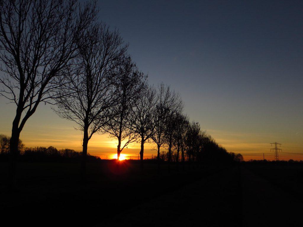 Zonsopkomst in alle stilte op weg naar Doetinchem (24 februari 2019).