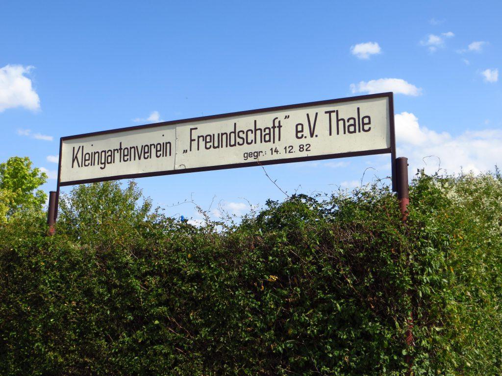Dit bord stamt uit 1982 uit de DDR tijd.