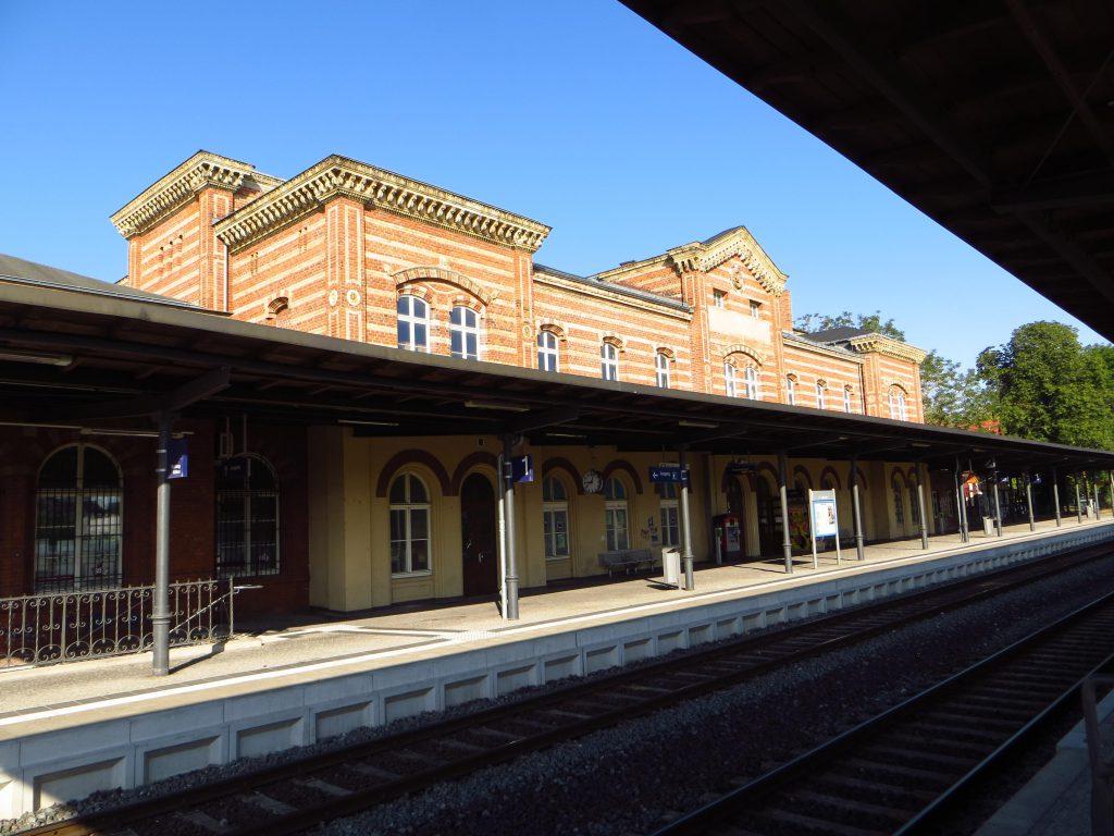 Het vertrekstation Bernburg.
